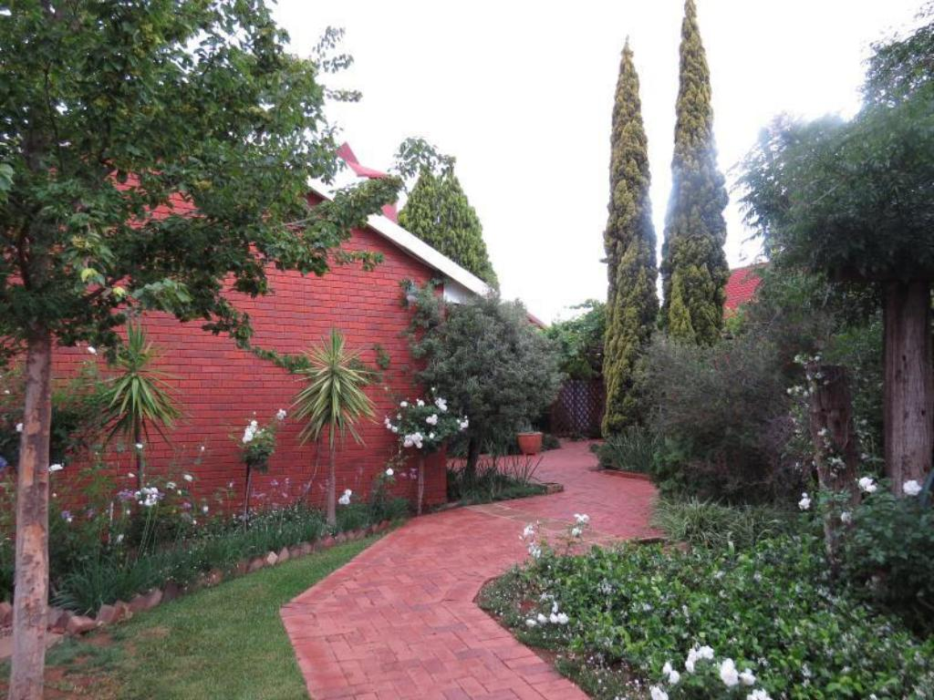 More about Camelia Guest House