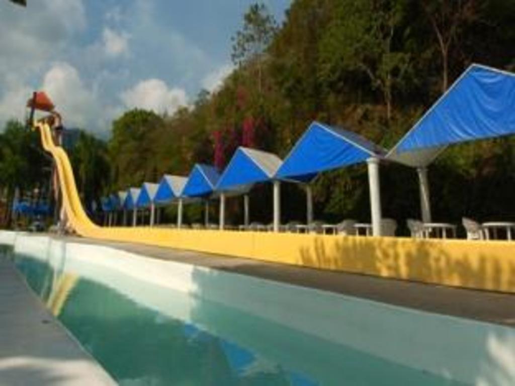 splash mountain resort & hotel in laguna - room deals, photos & reviews