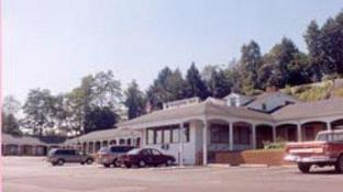 Knights Inn - Galax, VA