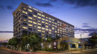 Crowne Plaza Hotel Los Angeles Harbor