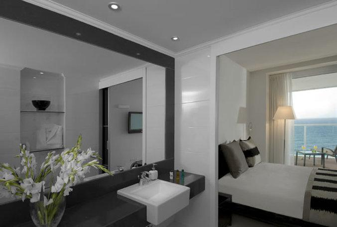 Luxury Suite - 2 Bedrooms