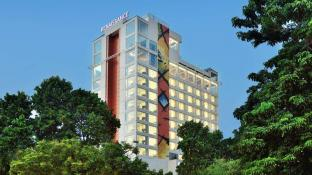 10 Best Lucknow Hotels: HD Photos + Reviews of Hotels in
