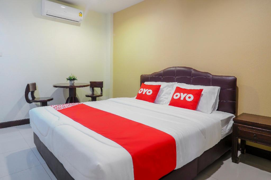 Standard Double Room - View OYO 775 Explore Hotel