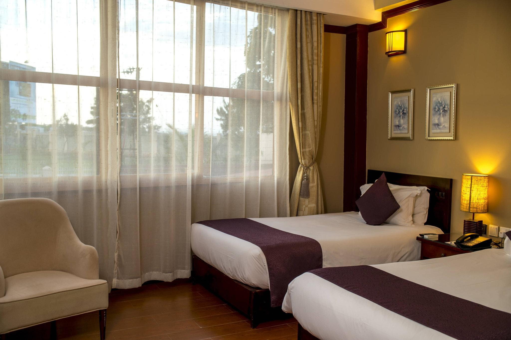 Guest room, 2 Twin/Single Bed(s), Lake Victoria view