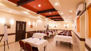 Ginger Hotel Indore