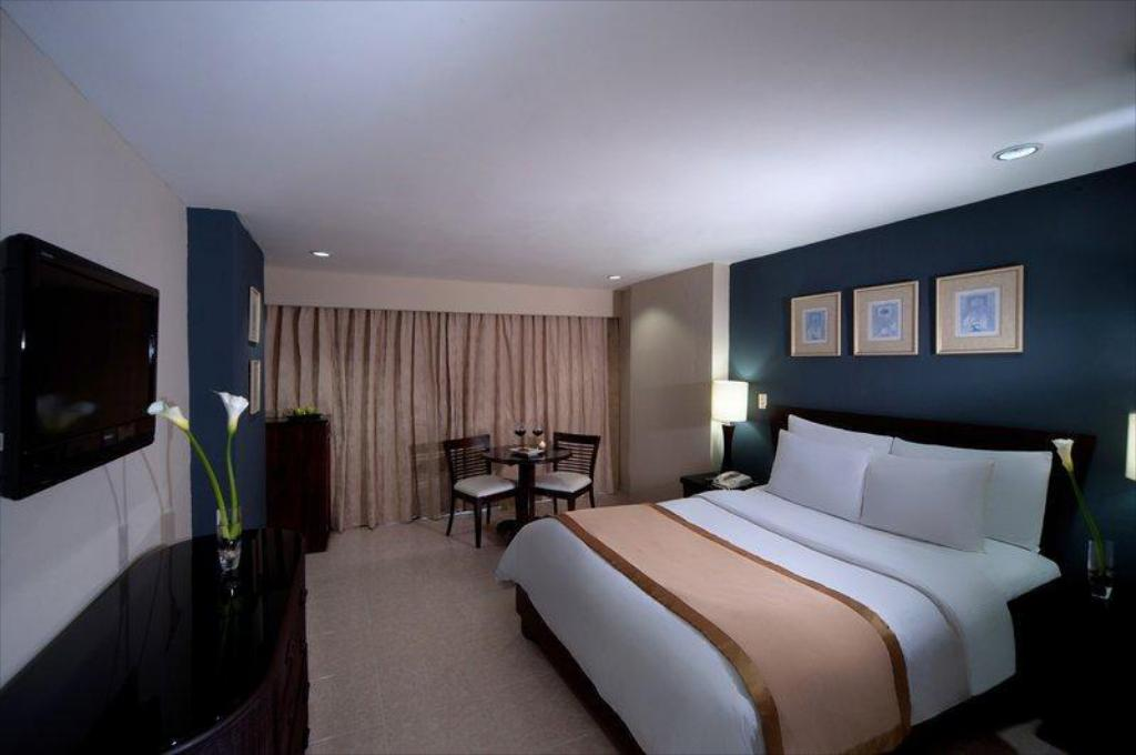 More about Hodelpa Centro Plaza Hotel