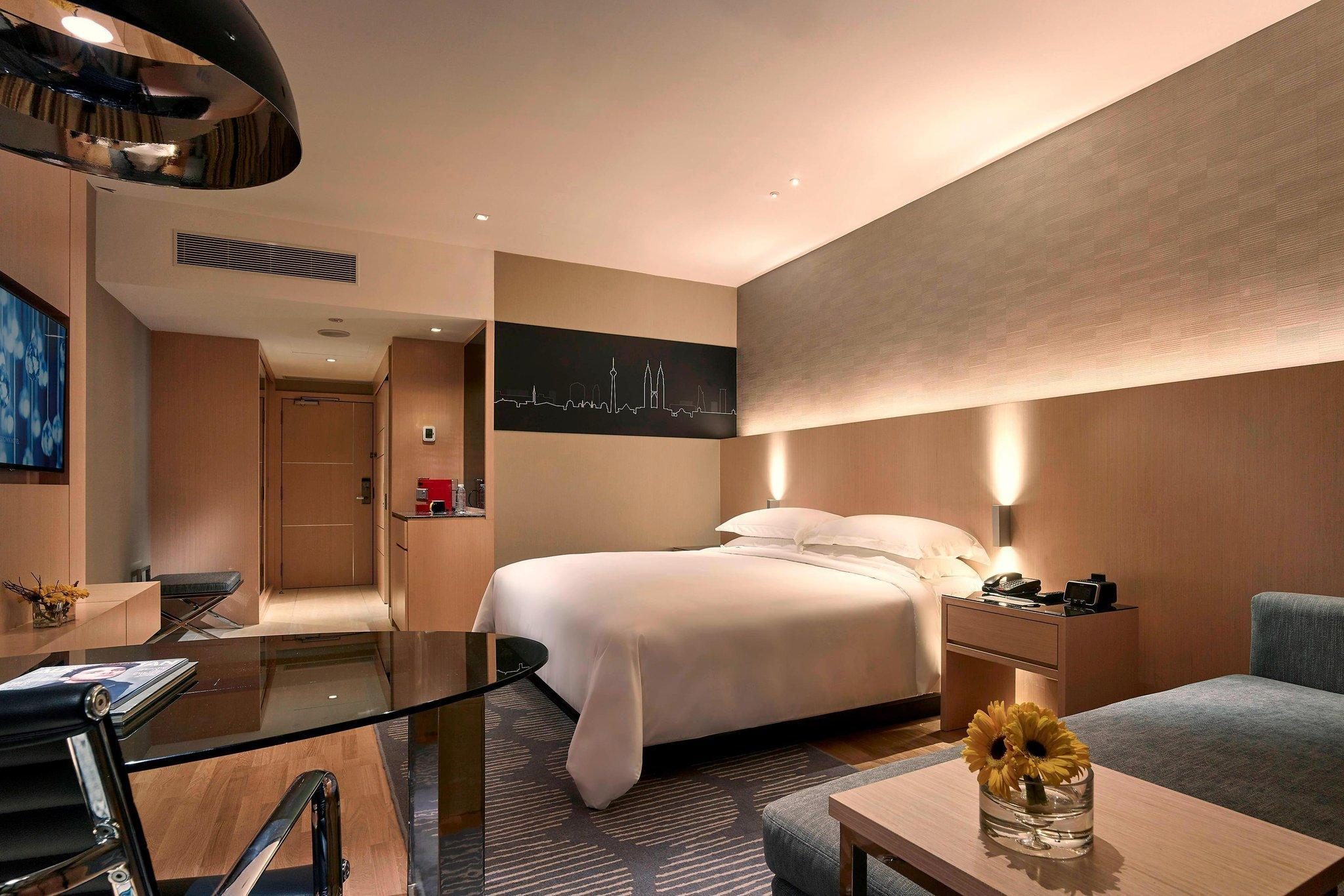 Club Deluxe King, Club level, Deluxe Guest room, High floor