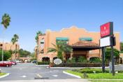 Ramada by Wyndham Kissimmee Downtown Hotel