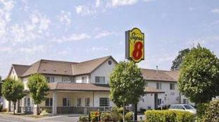Super 8 By Wyndham Gresham Portland Area OR
