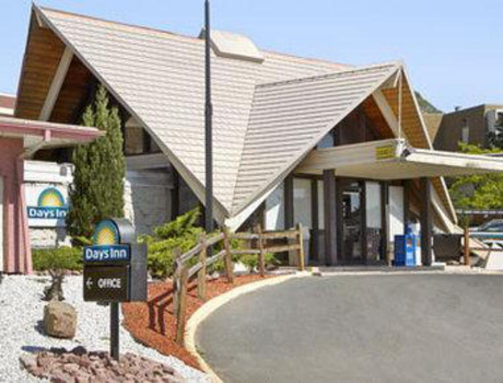 More about Days Inn by Wyndham Colorado Springs/Garden of the Gods