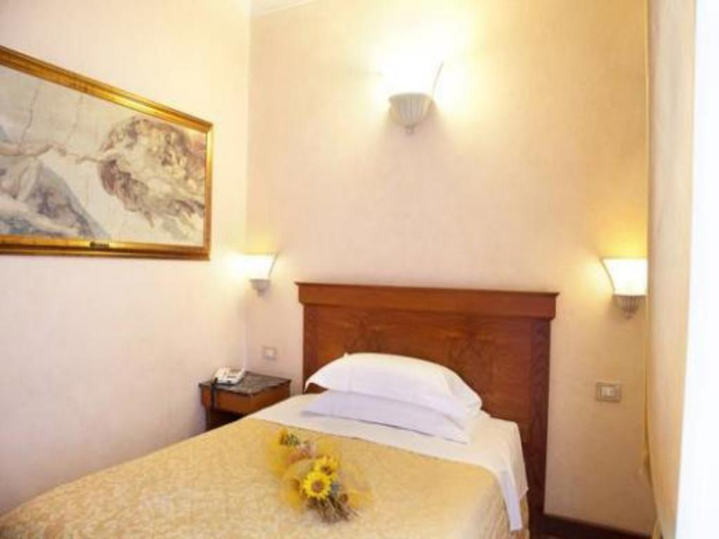 Classic Single - Bed Hotel Porta Faenza