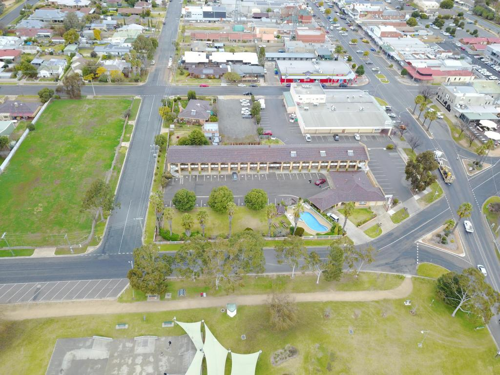 Aerial view Lakeview Motel