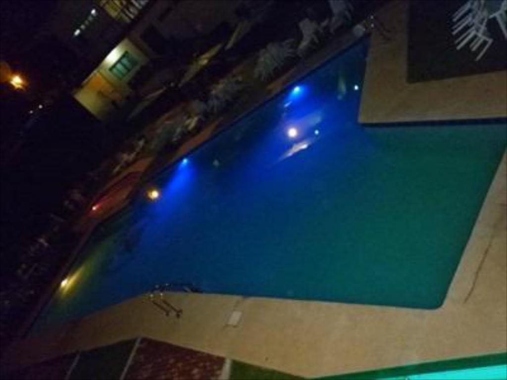 Acacio golf hotel in tacloban city room deals photos reviews for Swimming pool in tacloban city