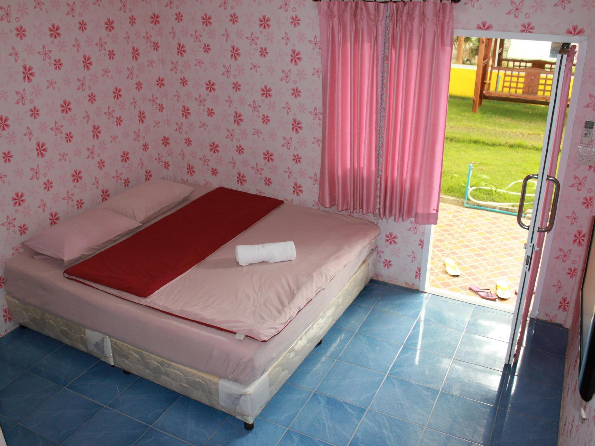 Standard Room King Bed for 2 Guests (A3)