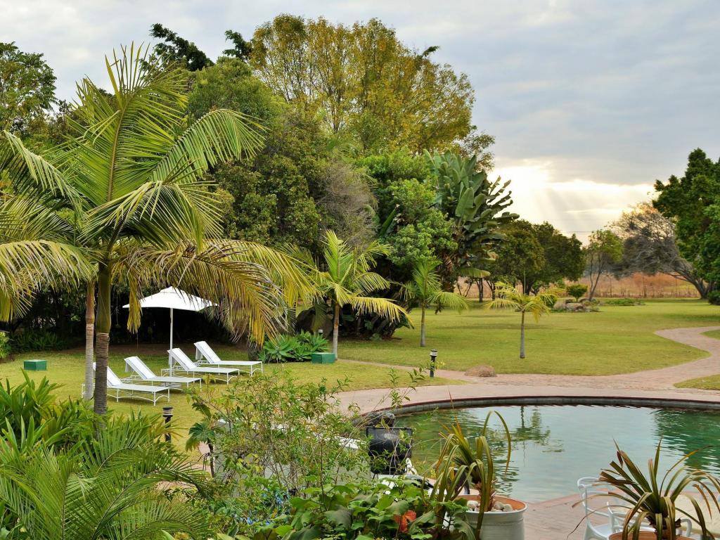 Swimming pool Cresta Lodge Harare