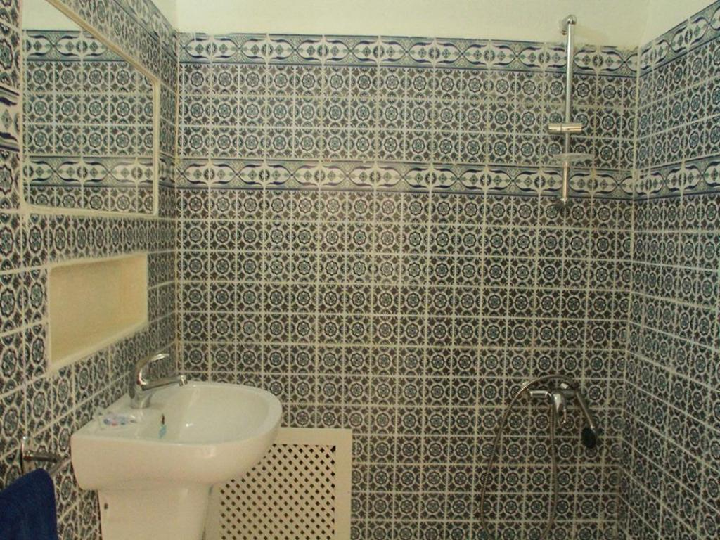 Bathroom Hotel Dar Bchira