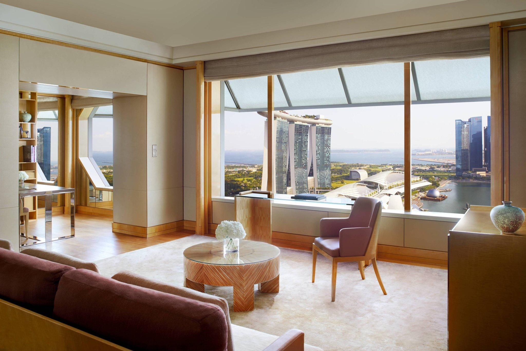 1-Bedroom Millenia Suite, Club lounge access, Suite, 1 King