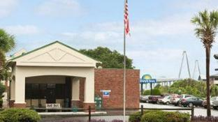 Days Inn by Wyndham Mt Pleasant-Charleston-Patriots Point