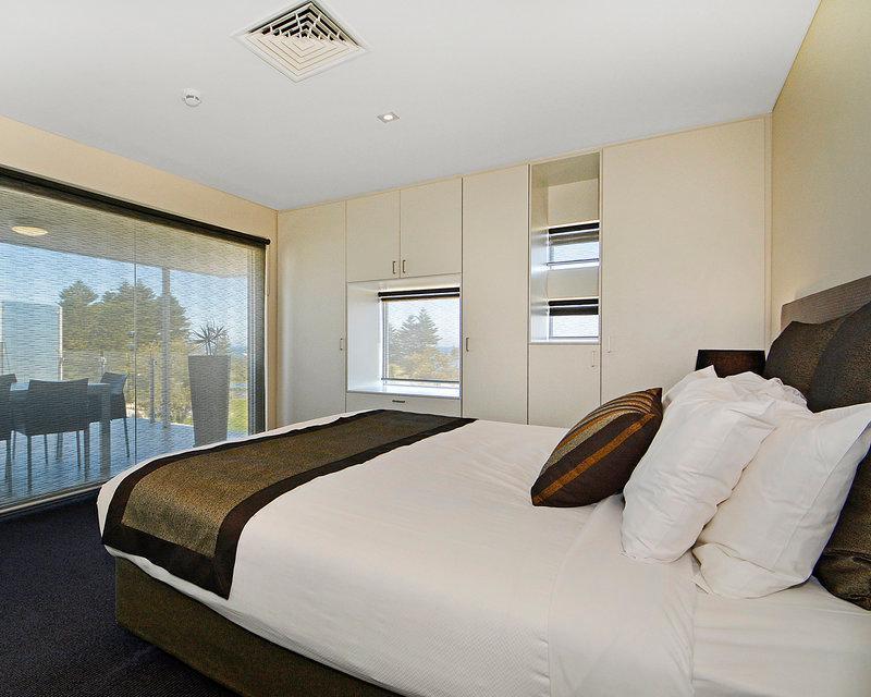 Book Mullaloo Beach Hotel & Apartments (Perth) 2019 PRICES