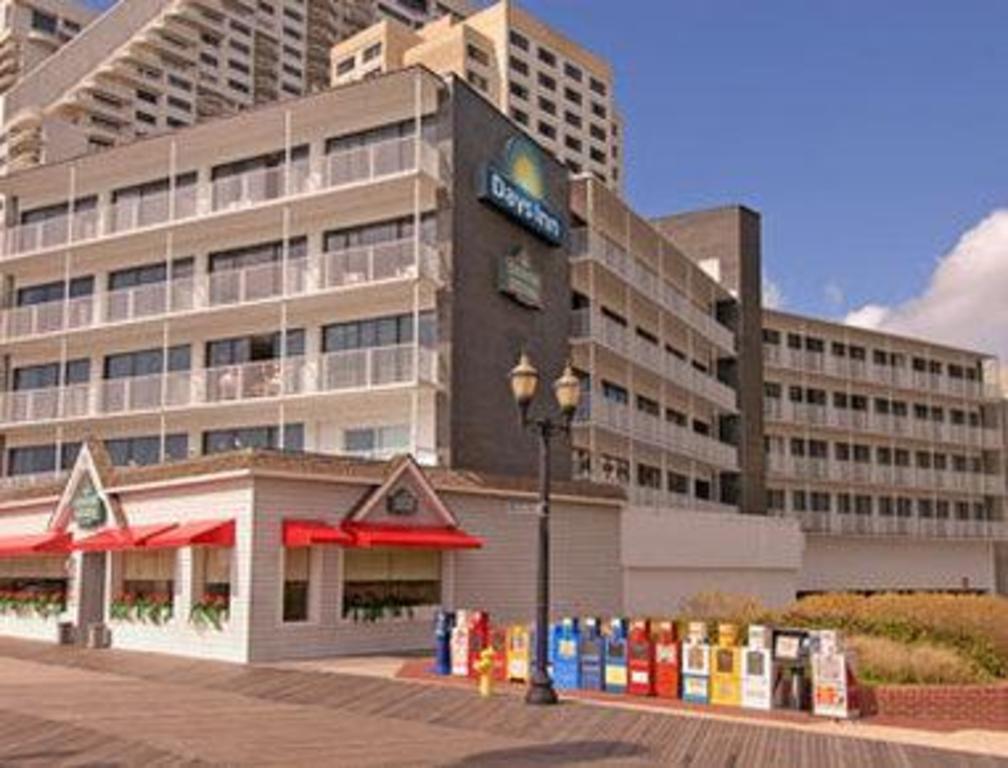 Days Inn By Wyndham Atlantic City Oceanfront Boardwalk Hotel Atlantic City Nj Deals Photos Reviews