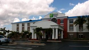 Holiday Inn Express Lake Okeechobee