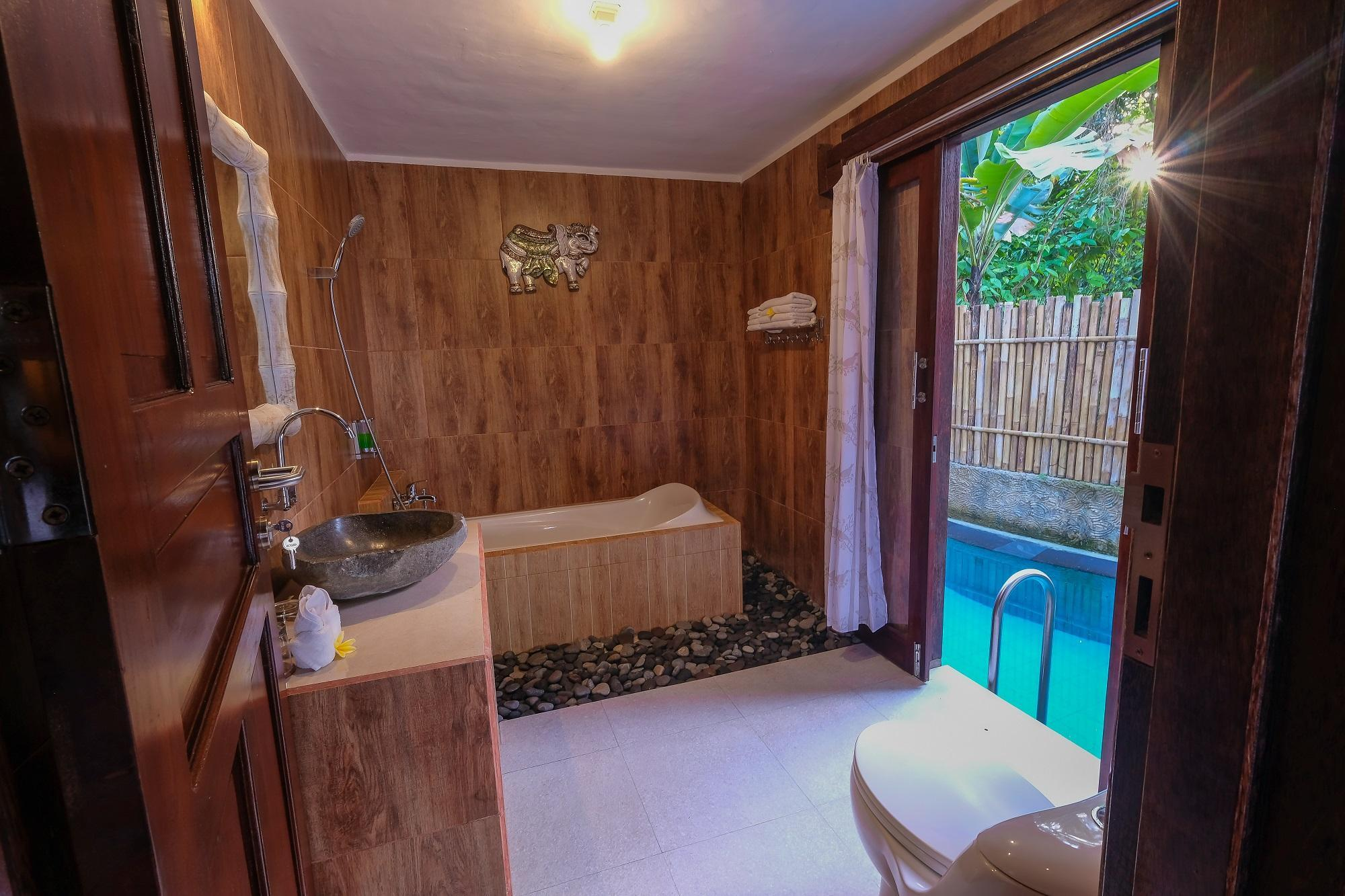 1-Bedroom Valley View Pool Villa
