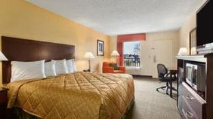 Days Inn by Wyndham Lake City