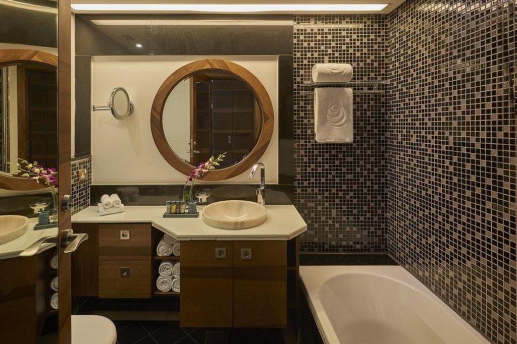 Safir Fintas Kuwait Hotel - Room Deals, Photos & Reviews