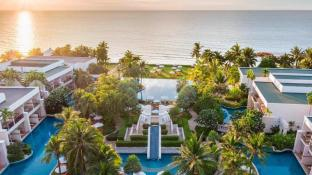 Sheraton Hua Hin Resort & Spa (SHA Certified)