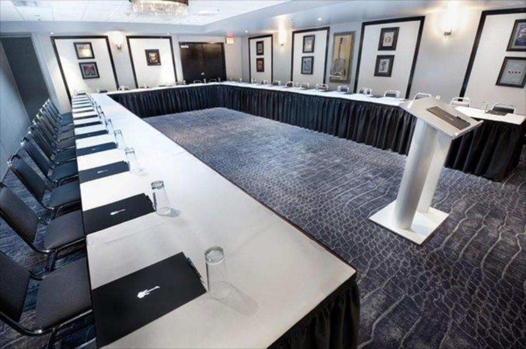 Hard Rock Hotel Casino Biloxi In Biloxi Ms Room Deals