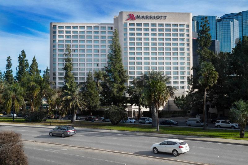 Access Woodland Hills >> Warner Center Marriott Woodland Hills In Los Angeles Ca Room