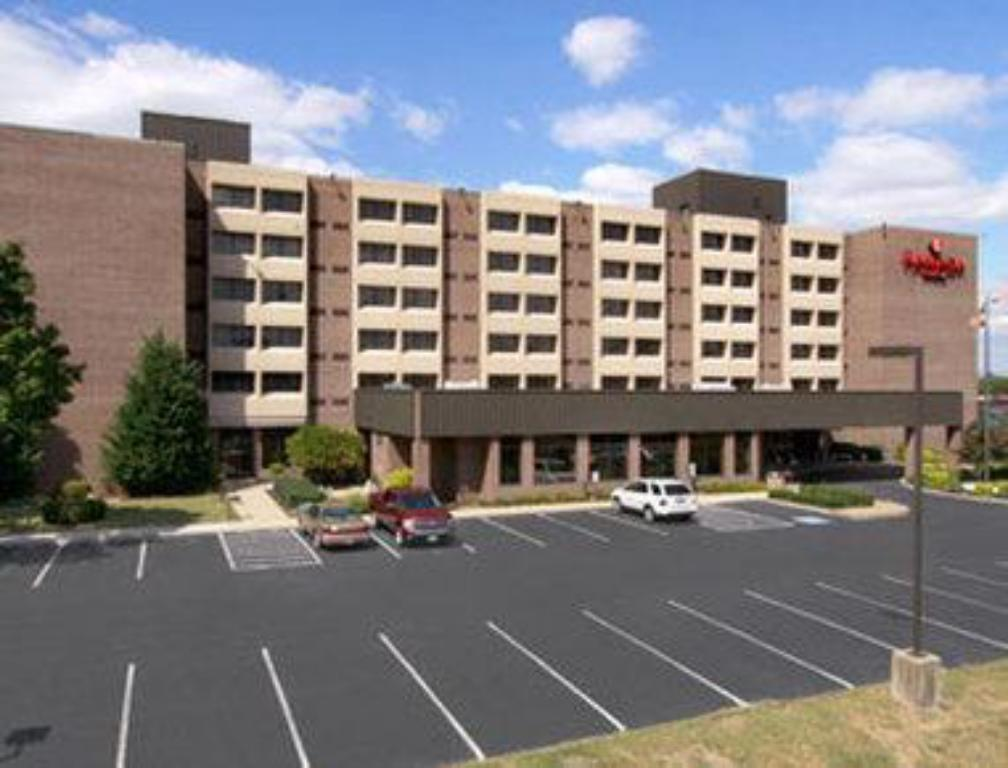 More about Ramada Plaza by Wyndham Hagerstown