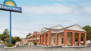 Days Inn by Wyndham Ottawa