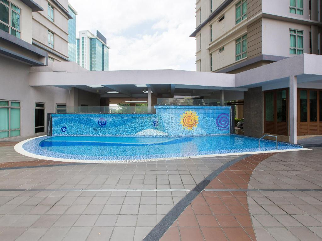 Swimming pool [kids] Shaftsbury Stellar Cyberjaya