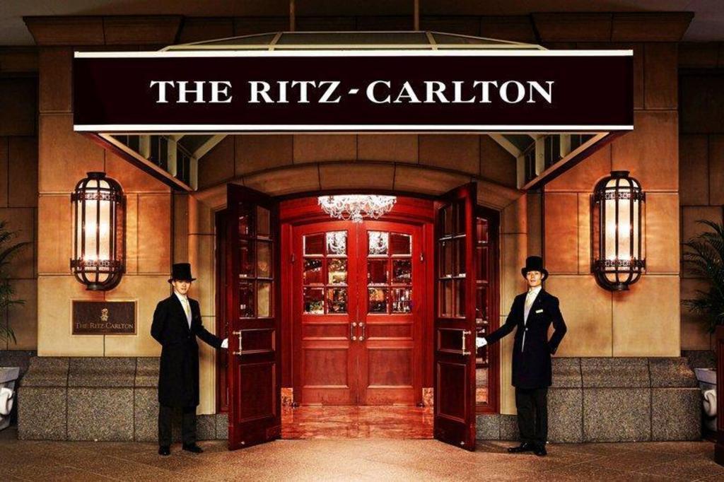 The Ritz-Carlton, Osaka, Osaka có Miễn Phí Hủy, Bảng Giá Năm 2021 & Bài  Đánh Giá