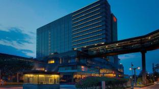 Sheraton Grand Bangalore Hotel at Brigade Gateway