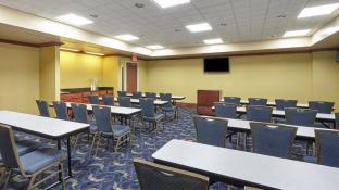 Holiday Inn Grand Rapids - South