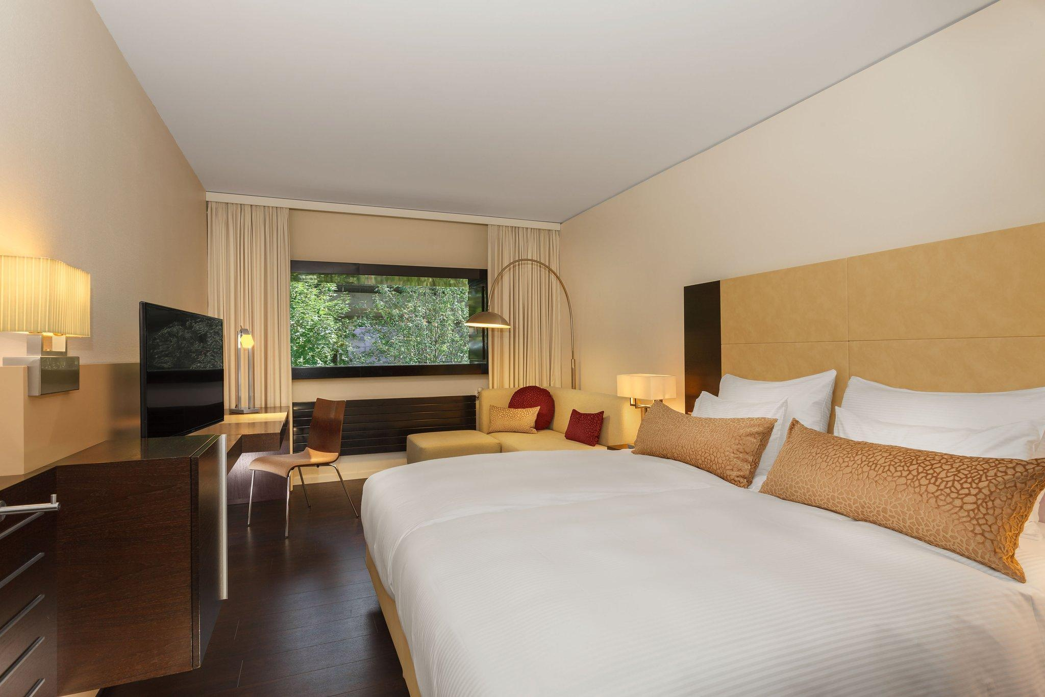 Contemporary Room, Guest room, 2 Twin/Single Bed(s)