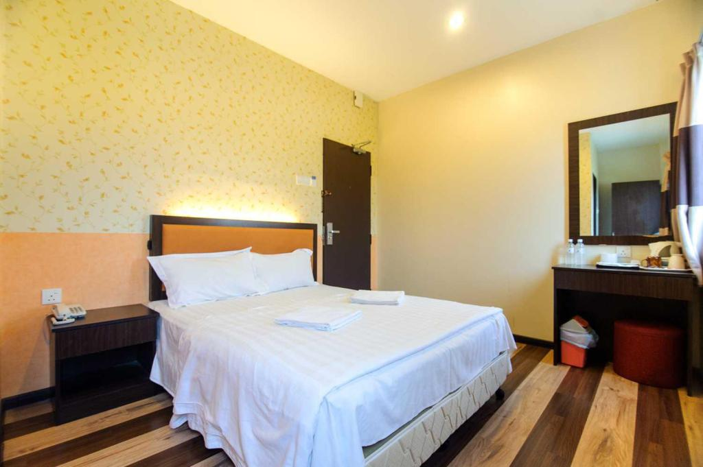 Superior Queen Room - Bed Sky Star Hotel @ KLIA/KLIA2