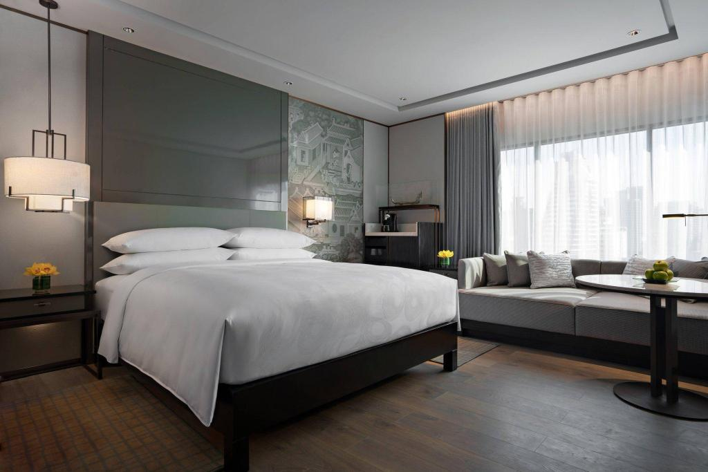 Deluxe King, Guest room, 1 King, City view JW Marriott Hotel Bangkok