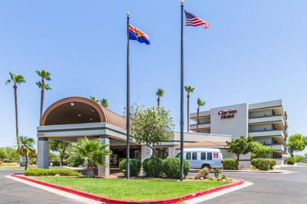 More about Quality Inn Phoenix Airport