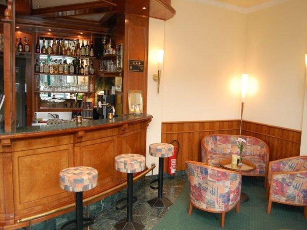 Casser Un Bar De Cuisine hotel nova in berlin - room deals, photos & reviews