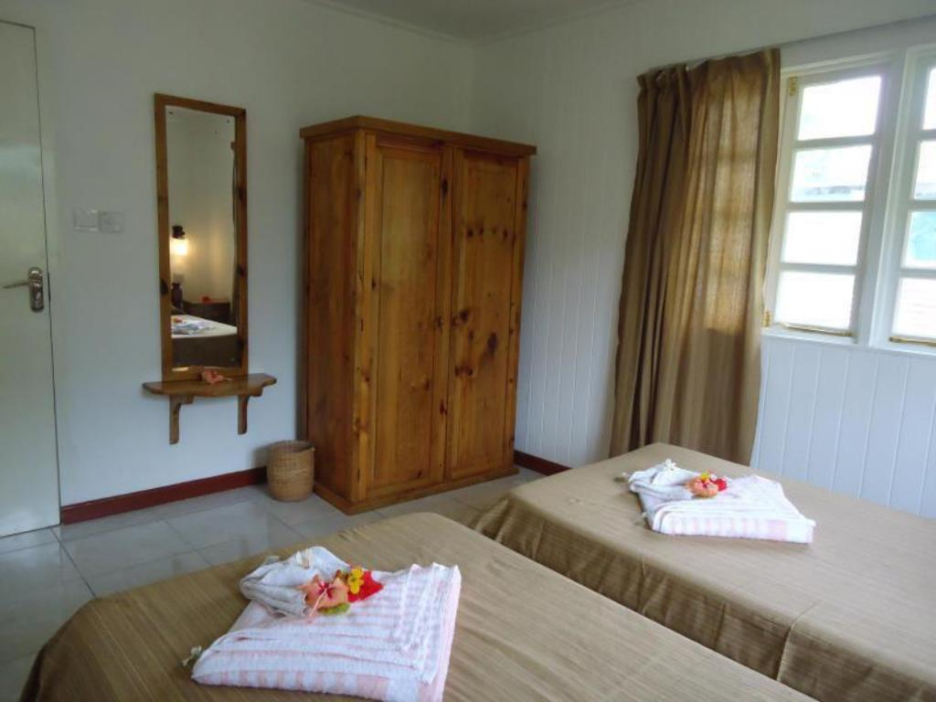 Standard Double Room Chez Michelin Pension Residence Guest House