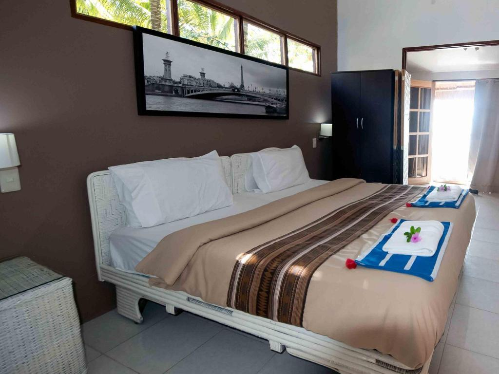 Double or Twin - Bed Island French Resort