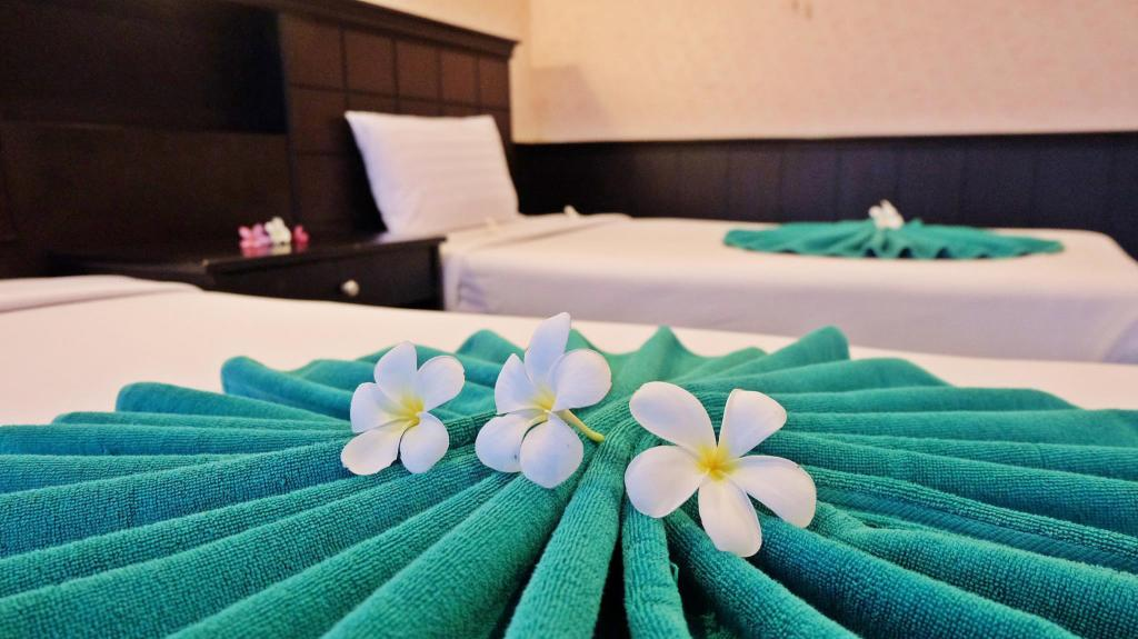 Standaard - Bed Andaman Lanta Resort