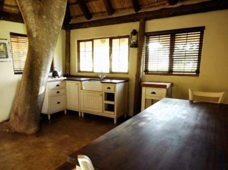 Interior view Caracal Lodge