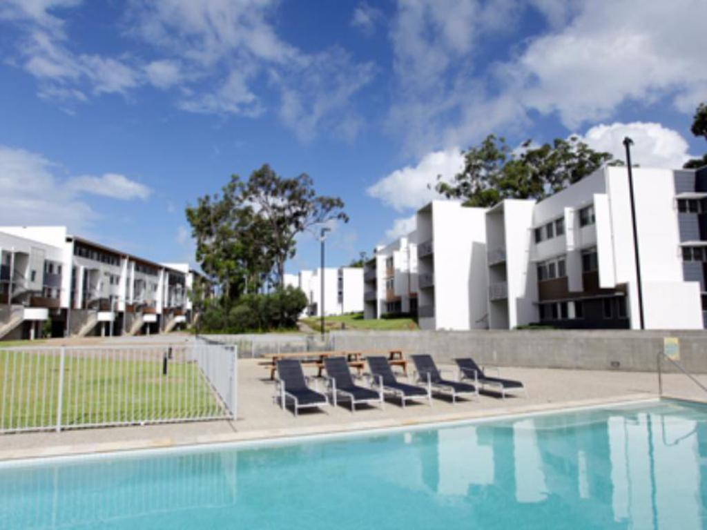 Best price on griffith university village in gold coast - Griffith university gold coast swimming pool ...