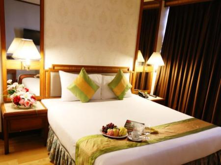 Premier Double Bed Hansa JB Hotel