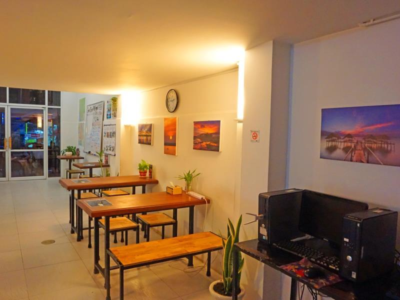 one stop hostel phnom penh in cambodia room deals photos reviews rh agoda com