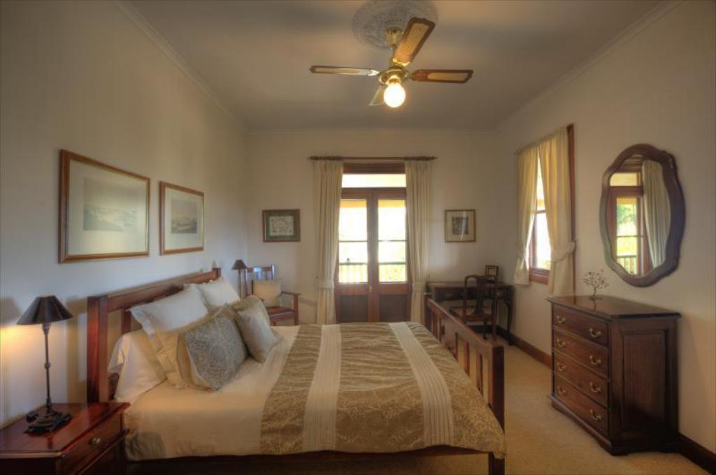 2-Night Getaway Break - B&B With Dinner On 1 Night The Mudgee Homestead Guesthouse
